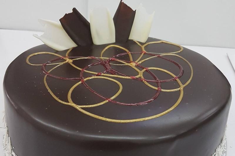 ivanhoe-cakes